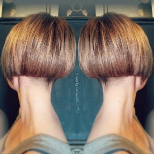 Extra short brown blonde bob