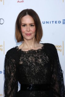 Sarah Paulson bob hairstyle with balayage highlights